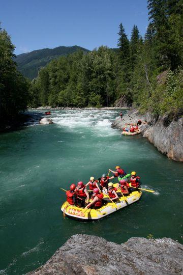 Nahatlatch rafting 8