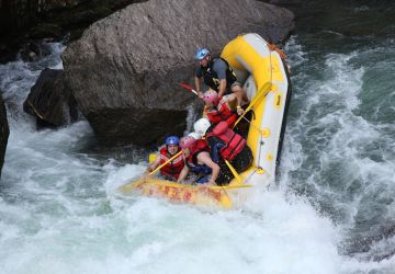 Nahatlatch canyon rafting 8